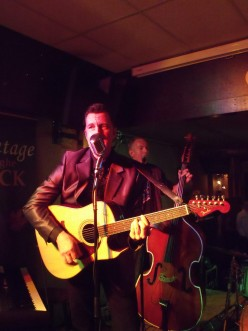 Arno Janssen Sing-and Songwriter