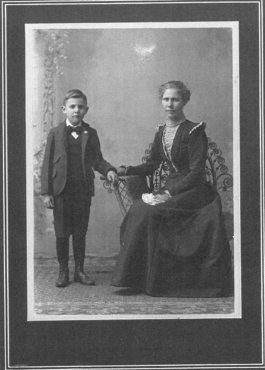 Josie Goodman, sister to Maud Goodman Jarbo with son Herbert, age 6 years in North Dakota about 1900.