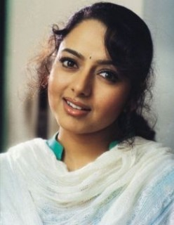Unforgettable Tragedy End of Indian Actress Soundarya