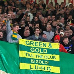 The green and gold campaign is against the loaning culture of the Glazers, current owners of Man Utd.
