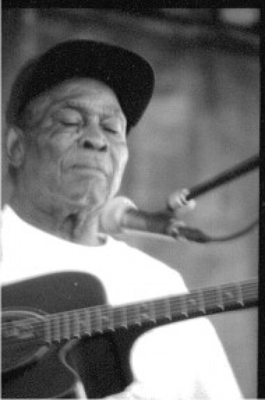 At the King Biscut Blues Festival 1999