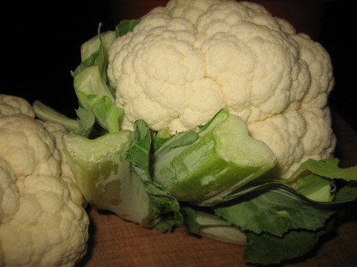 Choose a fresh head of cauliflower, one with a tight crown. Cut two heads if you want leftovers.