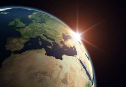 Why do we Think the Earth is a Sphere? A Question to Stimulate Critical Thinking