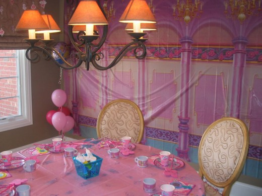 First-Birthday-Party-Elegant-Decoration