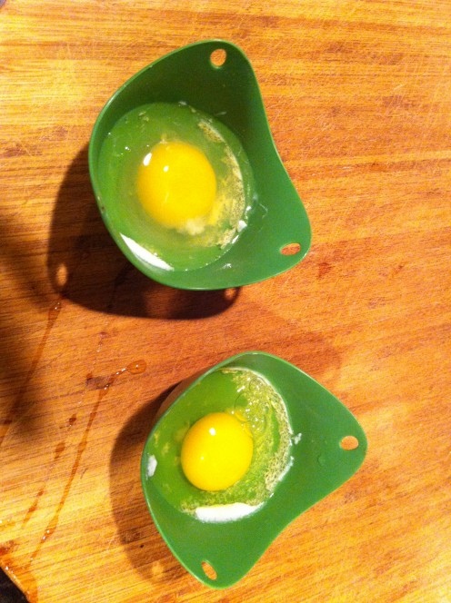 Eggs in silicone cups