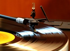 The Pros and Cons of Owning a Record Player