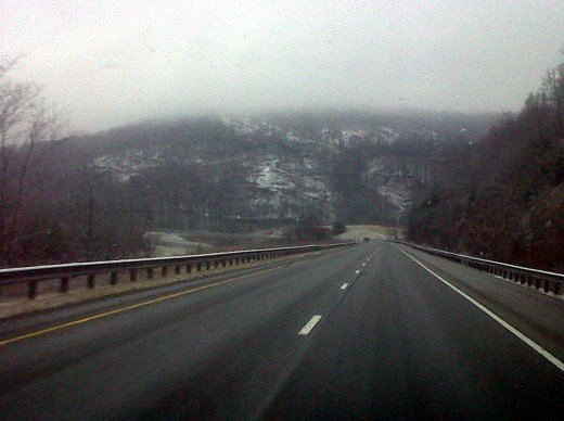 Driving home to West Tennessee on Christmas Day in the snow (the snow flakes didn't show up on my phone camera).