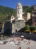 Riomaggiore church and beach