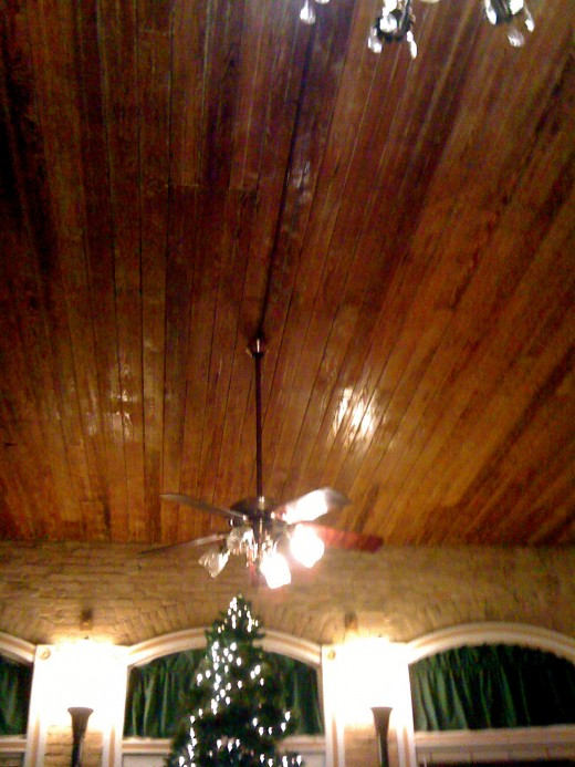 Gorgeous wooden ceiling.