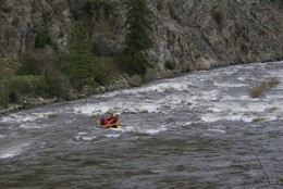 A group of rafters in the Black Canyon area of the Methow River.