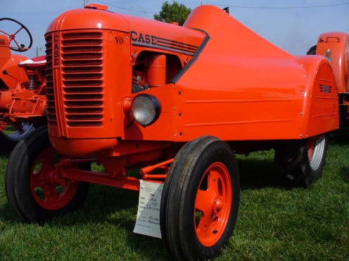 Some incredible pictures of antique tractors at this wonderful website.