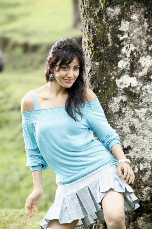 Neha Sharma ( November 21, 1988) is a Bollywood actress. She made her entry into film industry through Chirutha (Telgu Film), starred opposite Ram Charan . Other films by her Kurradu (Telgu) & Crook : It's Good To Be Bad (Hindi)