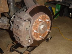 How to Change a Brake Caliper on a 1997 Ford F150