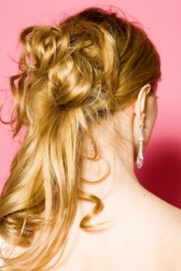 Loose Curl, Gentle Cascading Half-Up Half-Down