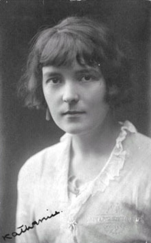 The writer Katherine Mansfield, from New Zealand, who lived in Garavan, and where a street is named for her. Her writings include descriptions of nearby Monaco.