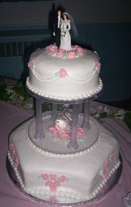Do you have a friend who's a baker and could make your wedding cake?