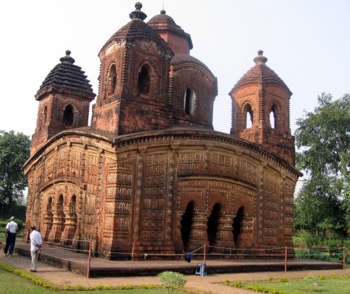 FIRST AMONG THE 'JEWELS' of TERRACOTTA TEMPLES of BENGAL:  SHYAM-RAI TEMPLE of BISHNUPUR