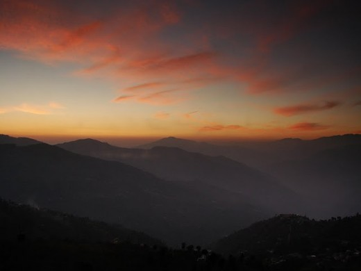 A look at Himalayas from Banjara Retreat in Thanedar - where you will get such beautiful shots