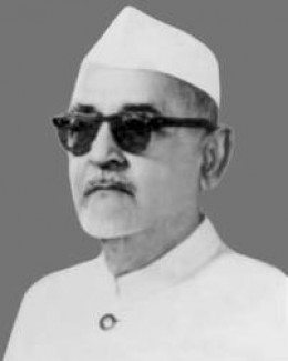 Dr.Zakir Hussain