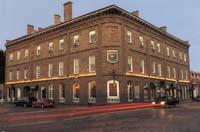 Baldachin Inn Pub
