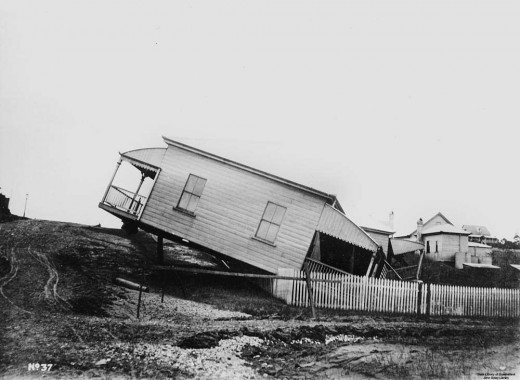 House in Brisbane washed off stumps in 1910