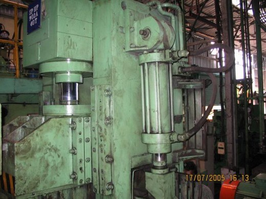 pneumatic cylinders work