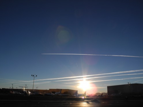 What's this? Not ENOUGH Chemicals with about 5 chemtrails,  Let's add more???