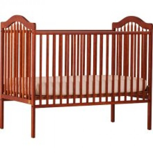 The Storkcraft Standard Crib; Standard Doesn't Have to Mean EyeSore.