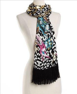 ED HARDY SCARVES FOR MEN AND WOMEN ON SALE FOR $39.99, (ORIGINAL PRICE $135) UNTIL JANUARY 26TH ONLY SO GET THEM WHILE THEY LAST.