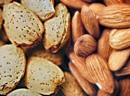 Nuts and whole grains are important features of the Mediterranean style diet.