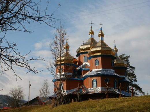 Koz'ova, Ukraina. Sining in this church was  beautiful to tears