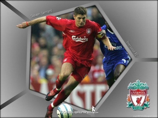 Gerrard shakes off an opponent in this wallpaper