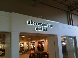 An A&F outlet is better than ice cream, for all you shoppers with teens!!