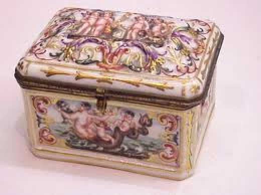 Capodimonte Trinket and jewelry Boxes