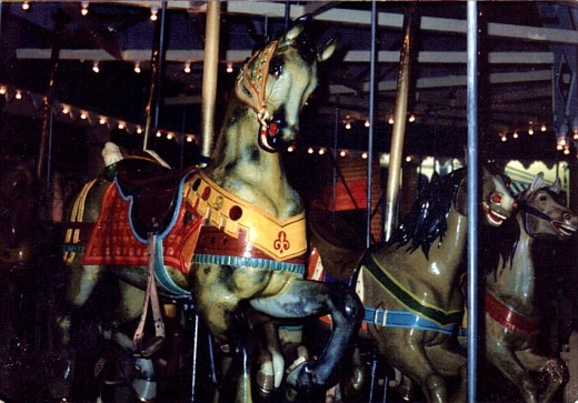 this was the carousel I rode as a child.
