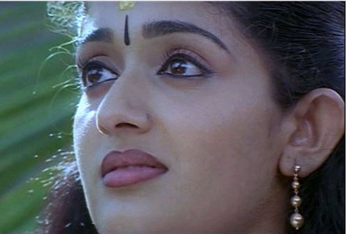 Expreesion of grief by Kavya Madhavan,Malayalam film actress
