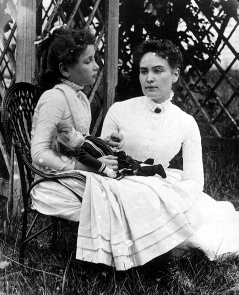 Helen Keller with Anne Sullivan