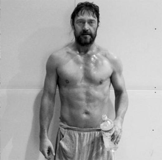 brad pitt ripped fight club. Brad Pitt in Fight Club
