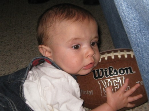 Football fans of all ages tuned into Superbowl 45.