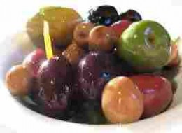 Mixed plate of plump olives as snack