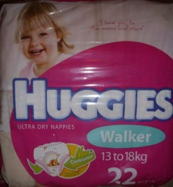 HUGGIES ULTRA DRY NAPPIES PHOTOS AND REVIEW