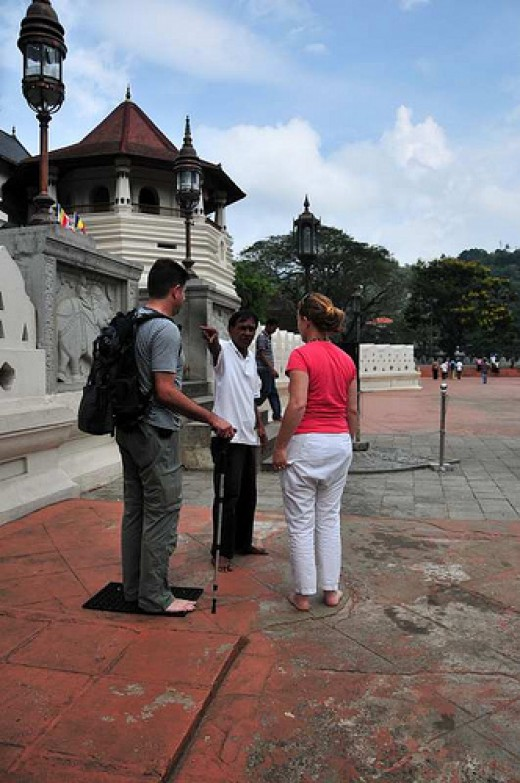 A good tour guide can make your visit to Sri Lanka more meaningful