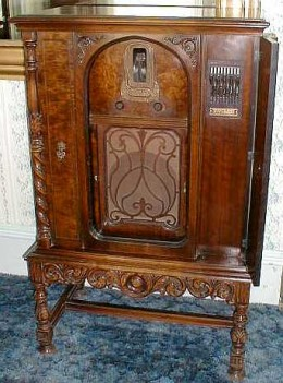 This is a 1930 Zenith Radio, still kind of Victorian with the carved legs