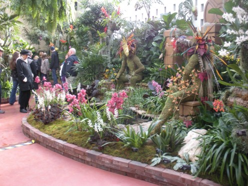 Some more of the ponds, and Mayan Inspired theme being shown.