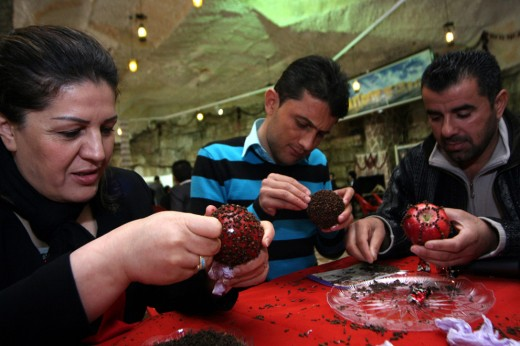 Apples and Cloves are an Iraqi Kurdish tradition on Feb 14.