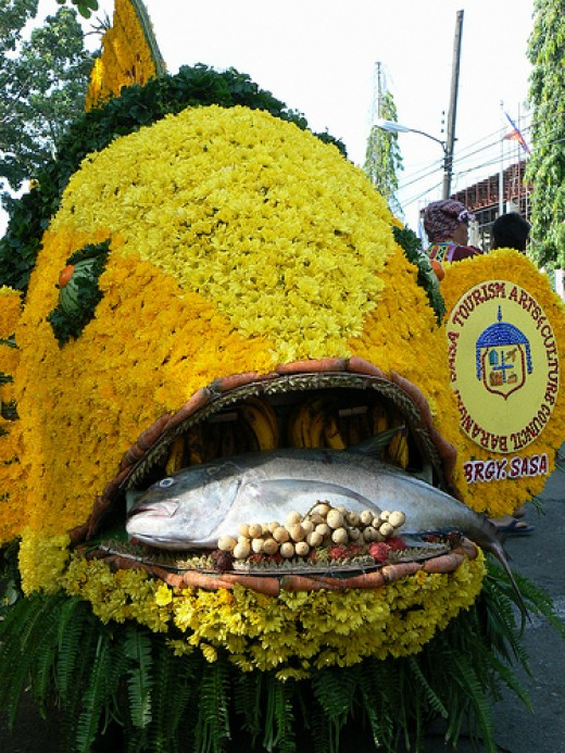 Kadayawan sa Davao celebrates abundance not only of fruits and flowers, but something else that the city is quite known for: real fresh fish!