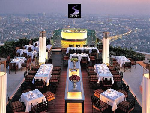 If Singapore has Marina Bay Sand, Thailand has Sirocco that provides you superior service quality even Marina Bay Sand cannot defeat. (Sound arrogrant, isn't it. LOL)