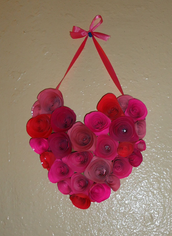 Crafter on a budget easy paper rose tutorial how to make paper roses mightylinksfo