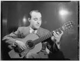 Vincente Gomez plays el dilirio on one side of the disc..1939