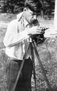 Walker Evans at Work
